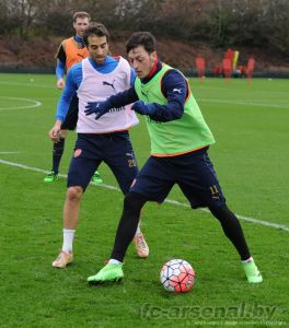 Фото с тренировки перед матчем против Бёрнли