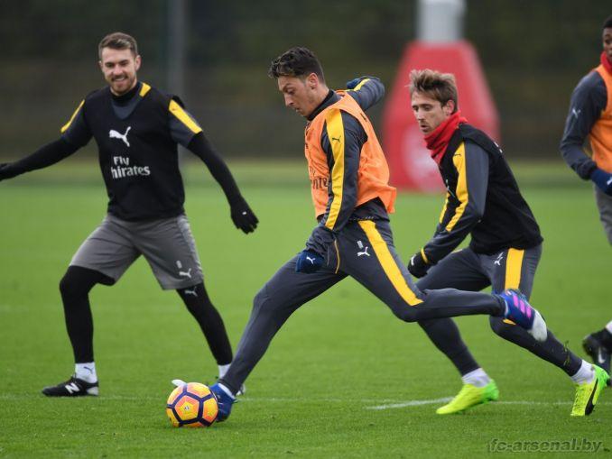 Тренировка перед матчем против Уотфорда